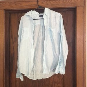 Light Blue Linen Button-up